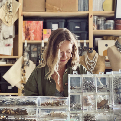 profile_TOAF-MichelleRoss-StudioWork.20210518234108.jpg